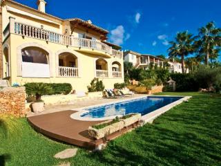 Apartment Majorca, on the coast of  Aucanada with balcony and sea view - ES-1074770-Alcudia - Image 1 - Puerto de Alcudia - rentals