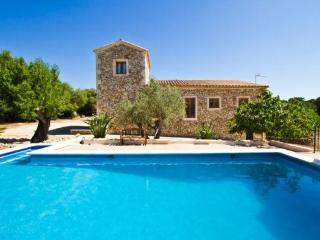Finca in a quiet location in the heart of  Mallorca for 8 persons with large pool - ES-1074842-Ruberts - Image 1 - Ruberts - rentals