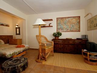 SA MOLA SUITES FAMILIAR - Cala d'Or vacation rentals