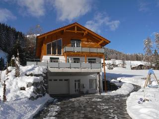 Exclusive Chalet Davos with views of ski slopes - Klosters vacation rentals