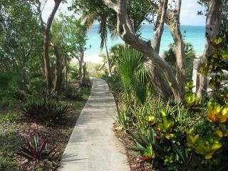 2-Bedroom waterfront house in Current, Eleuthera - Spanish Wells vacation rentals