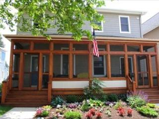 2 bedroom House with Deck in Cape May - Cape May vacation rentals
