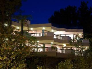 Beverly Hills Modern Viewhouse - Beverly Hills vacation rentals