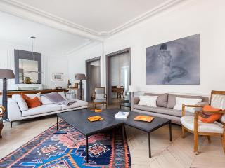 onefinestay - Rue de Courcelles apartment - Levallois-Perret vacation rentals