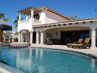 Cabo/Mexico - Stunning Villa w/ Infinity Pool & Jacuzzi & Detached Casita, Steps to Beach! - Mission Beach vacation rentals