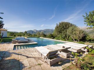 Encantadora Propiedad en un Entorno Rural (12 plazas) Ref.26417 - Campanet vacation rentals