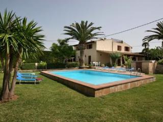 5 bedroom Villa in Alcudia, Alcudia Countryside, Mallorca, Mallorca : ref - Alcudia vacation rentals
