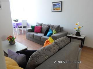Apartamento  em Copacabana, 2 quartos com wifi - Rio de Janeiro vacation rentals