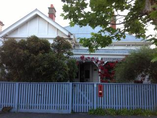 Lovely family home in Nth Fitzroy, Melbourne with - Melbourne vacation rentals