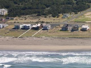 Impressive Oceanfront Home - Southern Washington Coast vacation rentals