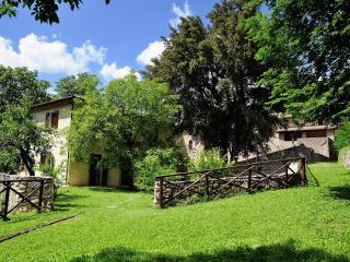 amazing view apt  for 2/4pax in Spoleto Umbria - Spoleto vacation rentals