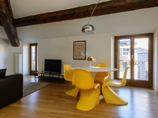 La Leoncina Design Apartment - Verona vacation rentals