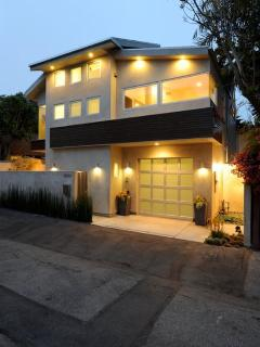 Beautiful House with Dishwasher and Internet Access - Santa Monica vacation rentals