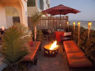 BEACHFRONT  BEDROOM  w/PRIVATE BATH in shared home - Los Angeles County vacation rentals