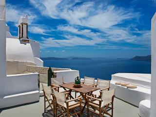 Charming Villa in Oia with Water Views, sleeps 9 - Oia vacation rentals