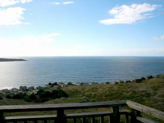 """Bella Oceana"" New! HUGE VIEWS!Deck! HOTTUB, Gameroom !3 nights for 2! - Dillon Beach vacation rentals"