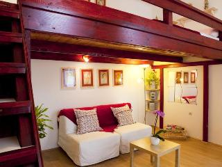 GREAT DEAL! Cozy apartment  Free WIFI and parking* - Budapest & Central Danube Region vacation rentals