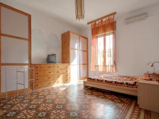 Bright 3 bedroom Condo in Acaia - Acaia vacation rentals