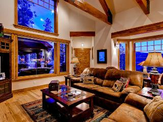 Moonstone Lodge -Views, foosball, arcade game - Breckenridge vacation rentals