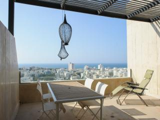 Basel Tower - 3 Bedroom & Sea-View Balcony Apartment - Tel Aviv vacation rentals