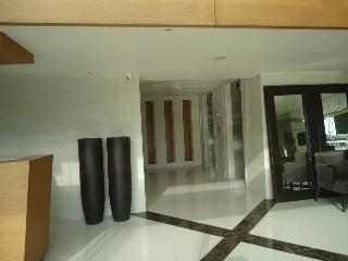 Condo for rent (long term rental) AZURE URBAN RESIDENCES / rio towel - Tibiao vacation rentals