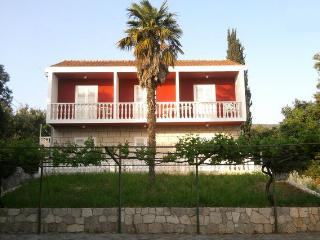 Villa near Dubrovnik for large groups - Molunat vacation rentals