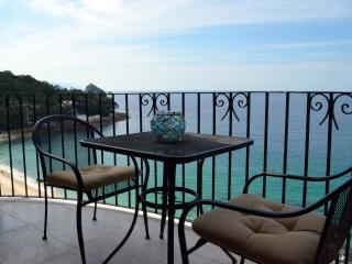 Beachfront tranquility with beautiful views - Puerto Vallarta vacation rentals