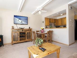 Ski, Hike, Bike, View Wildlife, Shop/Dine from Comfortable 3Bed2Bath Townhome - Jackson vacation rentals