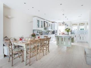 Hillgate Place - London vacation rentals