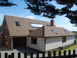 Mulberry Barn - 5 star luxury. New Forest coast - Milford on Sea vacation rentals