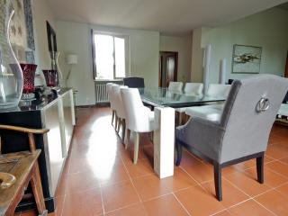 Excellent Florence Vacation Rental at Azeglio - Florence vacation rentals