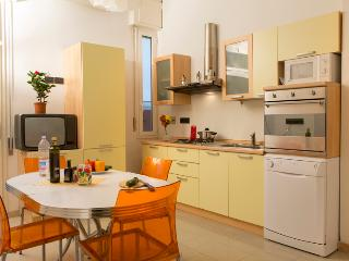 EMBASSY OF BOLOGNA - Central, Top Comfort, Terrace - Bologna vacation rentals