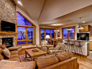 Retreat at Saddlewood - ski in/out, hot tub - Breckenridge vacation rentals