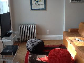 Trendy, spacious one-bedroom in Brooklyn - Far Rockaway vacation rentals