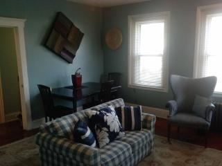 HUGE Beautiful 2 Bedroom/2 Bathroom 1250 sq ft apt - North Plainfield vacation rentals