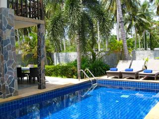 Lovely Villa with Internet Access and Private Outdoor Pool - Sam Khok vacation rentals