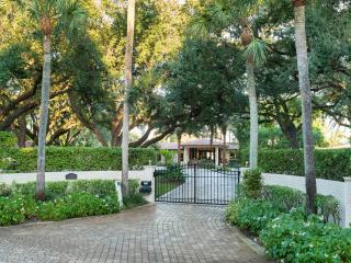 Waterfront mansion in park setting 2.5 acres - Fort Lauderdale vacation rentals