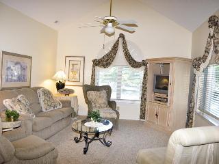 VILLA: CANTERBURY COURT 6-E 3BR 3BA - Arcadian Shores vacation rentals