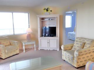 CONDO: BRIGHTON TOWER 1701 DIRECT OCEANFRONT - Arcadian Shores vacation rentals