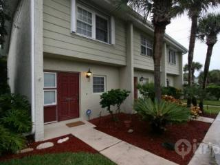 Luxury Townhouse on A1A – Relax to The Sound of Ocean Waves - Melbourne vacation rentals