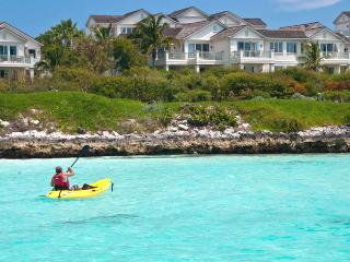 Bahamas Villa 29 Decorated In Color Palettes Inspired By The Sea, Lush Landscape And Tropical Ambience. - Tar Bay vacation rentals