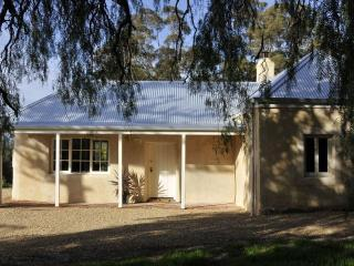 Peppermint Farm Cottage Bed and Breakfast - McLaren Vale vacation rentals