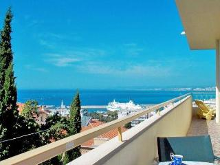 Nice-Le Panoramic- fab view,balcony, garage,1-bdrm - Nice vacation rentals