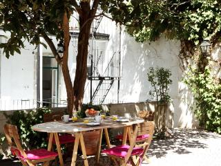 Bernardim Beige In Central Lisbon - Leiria vacation rentals