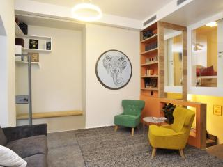 Jerusalem Center Boutique Apartment with Garden - Jerusalem vacation rentals