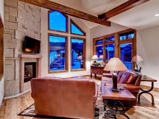 Retreat at Union Creek I - Ski in/out, hot tub - Copper Mountain vacation rentals