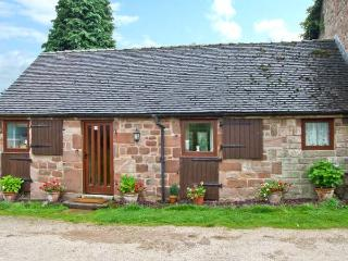 WREN COTTAGE, character cottage, garden, country setting, Rudyard Ref 25747 - Rushton Spencer vacation rentals