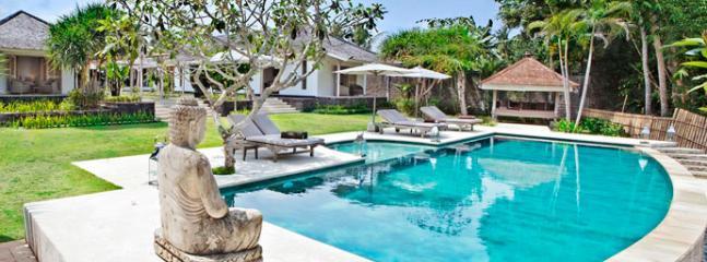 Four bedroom villa in Canggu - Villa Pandan - Image 1 - Canggu - rentals