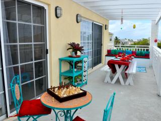 Sunset Luxury Penthouse - Nassau, Bahamas - Nassau vacation rentals