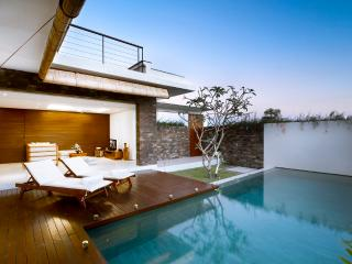 Great Value 3 Bedroom Villa, Echo Beach - Canggu vacation rentals